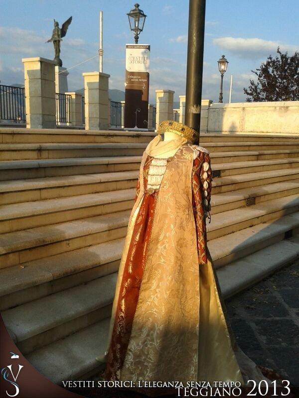 Teggiano 2013 alla tavola della principessa costanza vestiti storici - Alla tavola della longevita ...